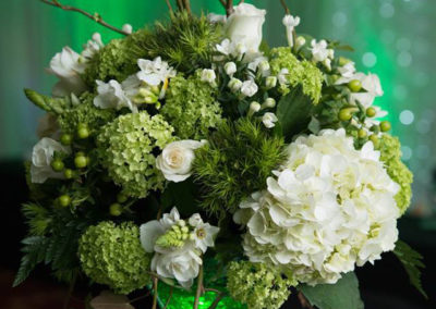 Bella Poppy Flower Design-Chichester-Flowers-Florist-Weddings-Funerals-White wedding venue arrangement