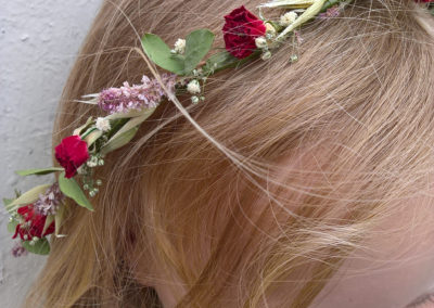 Crown of red mini roses - dried flowers