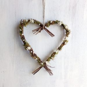 rustic wedding heart wreath decoration