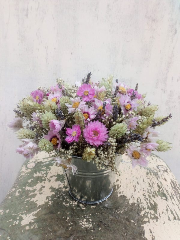 dried flower table centre piece